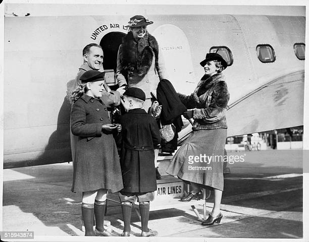 Eleanor Roosevelt visits her daughter Anna and soninlaw John Boettiger in Seattle John was the publisher of the Seattle PostIntelligencer Also on...