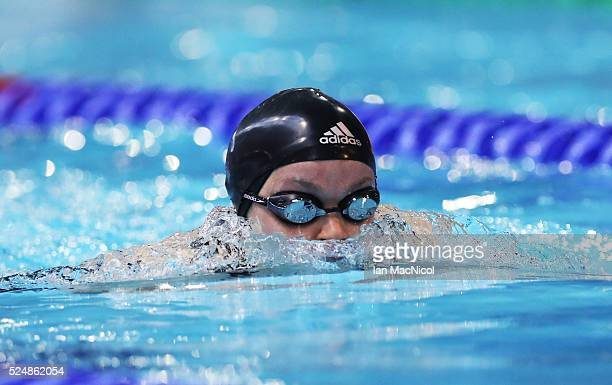 Eleanor Simmonds of Great Britain competes in the heats of the Women's MC 200m IM during Day Five of British Para-Swimming International Meet at...