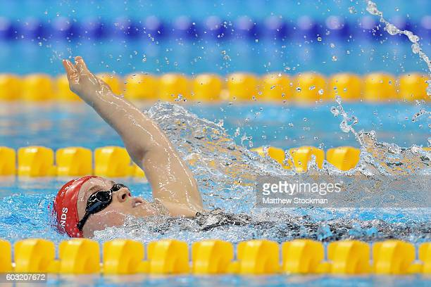 Eleanor Simmonds of Great Britain competes in the women's 200 meter individual medley SM6 heat 1 at the Olympic Aquatics Stadium during day 5 of the...