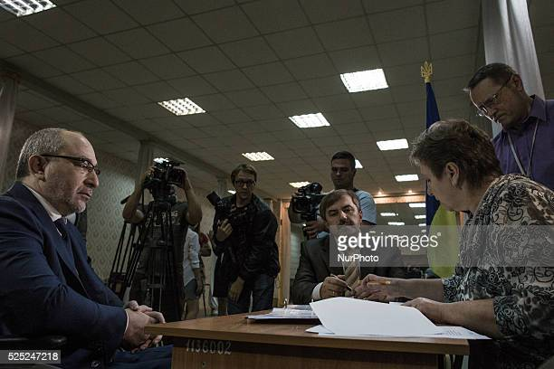 Election campaign for mayor of Kharkov Acting Mayor of Kharkov on 23th September 2015. Gennady Kernes, submit documents to the municipal election...