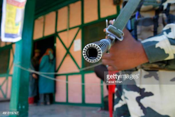 election in kashmir - kashmir day stock pictures, royalty-free photos & images
