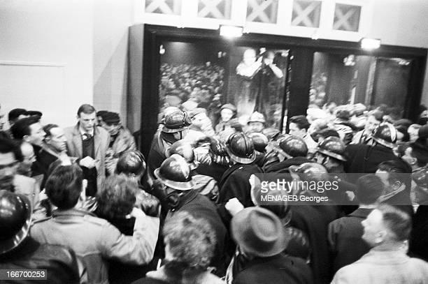 Election Of The Mayor Of Le Havre Le Havre 19 mars 1959 Lors des élections tumultueuses du maire de la ville à l'hôtel de Ville intervention de...