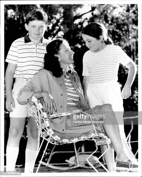 Election Time Woman behind the menMrs Kathryn Greiner wife of liberal leader Nick with kids Justin 11yrs amp Kara 9yrs at their Wahroonga home 12...