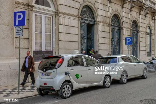 Electric cars, Rua do Comercio, Lisbon, Portugal, Elektroautos, Rua Comercio, Lissabon.