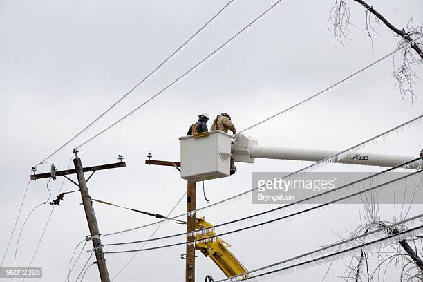 Electric Crews Work to Restore Power