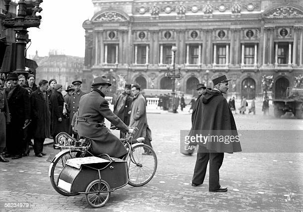 Electric cycle with sidecar on the square of the Opera Paris February 1941 LAP1676