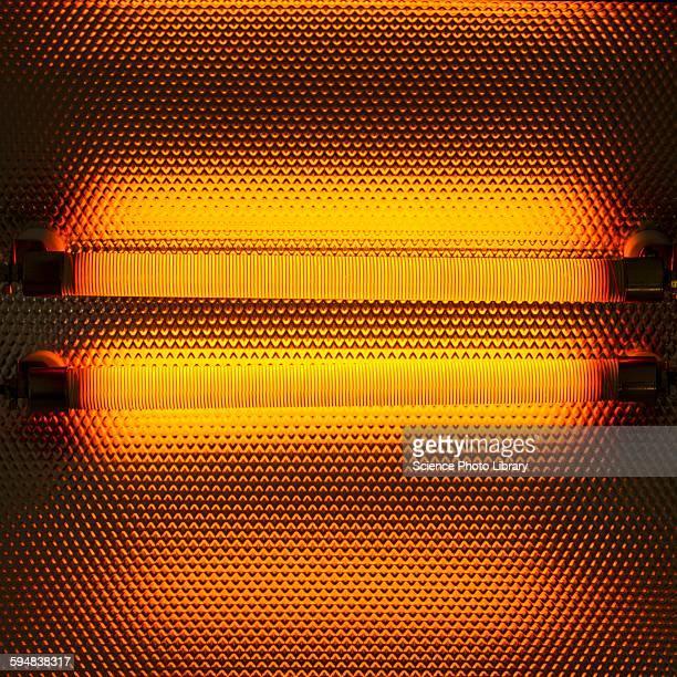 electric heater - hot photos et images de collection