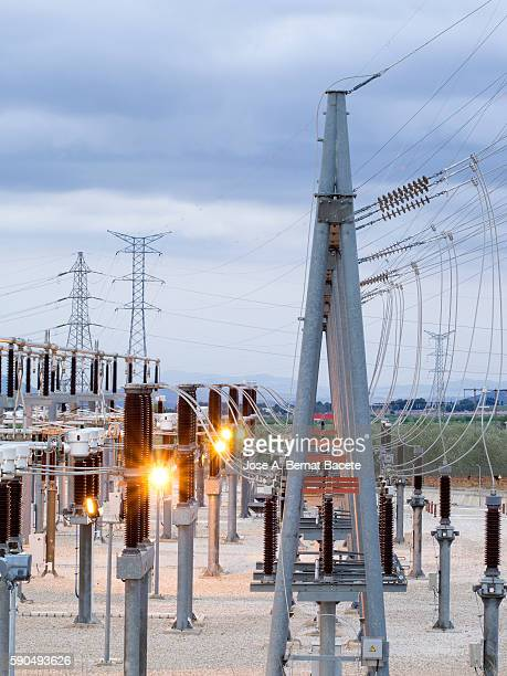 Electric power station of high tension to the dusk