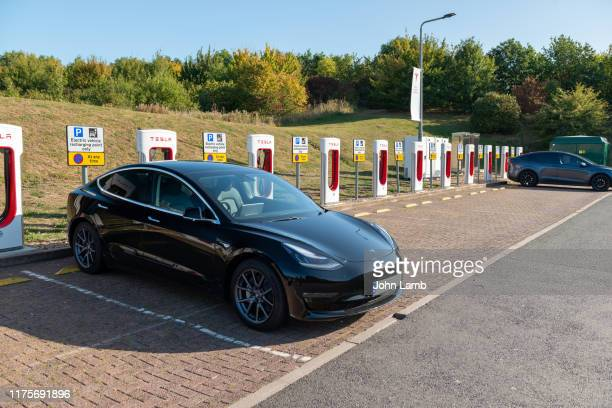 electric vehicle parking zone - oxfordshire stock pictures, royalty-free photos & images