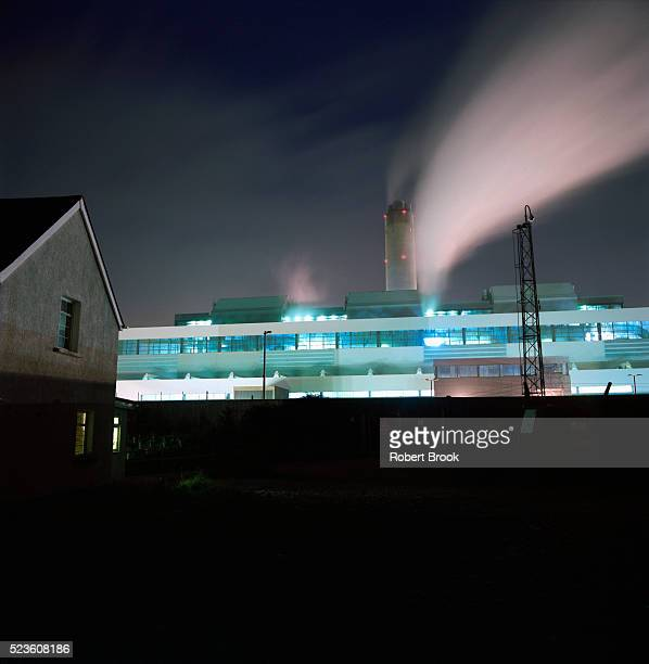 Electricity generating power plant