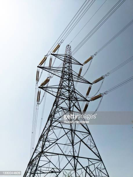 electricity pylon - industry stock pictures, royalty-free photos & images