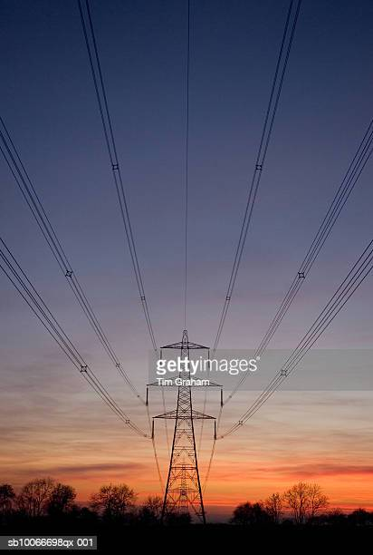 electricity pylons, leicestershire, uk - leicestershire stock pictures, royalty-free photos & images
