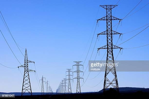 as linhas de transmissão de energia elétrica - postando - fotografias e filmes do acervo