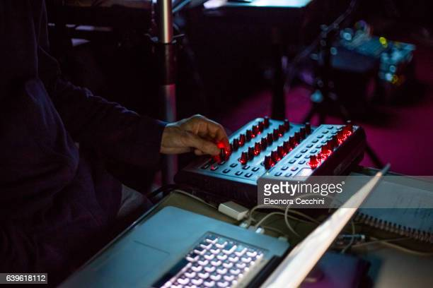 electronic musician - electronic music stock pictures, royalty-free photos & images