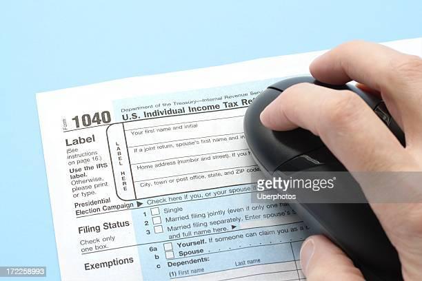 impostos preparação eletrônico - 1040 tax form - fotografias e filmes do acervo