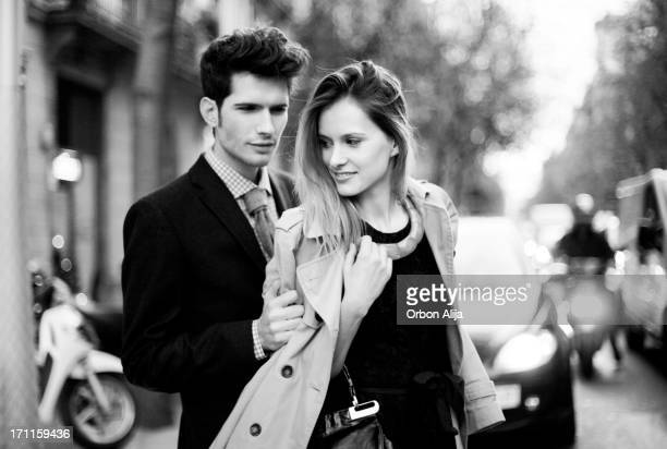elegant couple - 20 29 years stock pictures, royalty-free photos & images