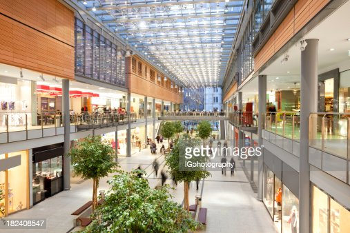 Elegante Shopping Mall