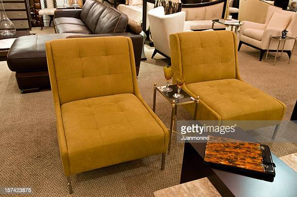 Elegantes Sofa Showroom
