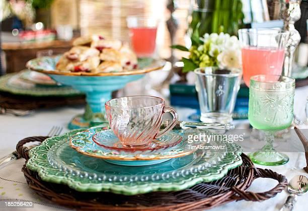 Elegante disposición de mesas