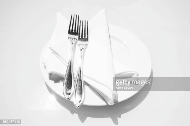 elegant table setting - ペア ストックフォトと画像