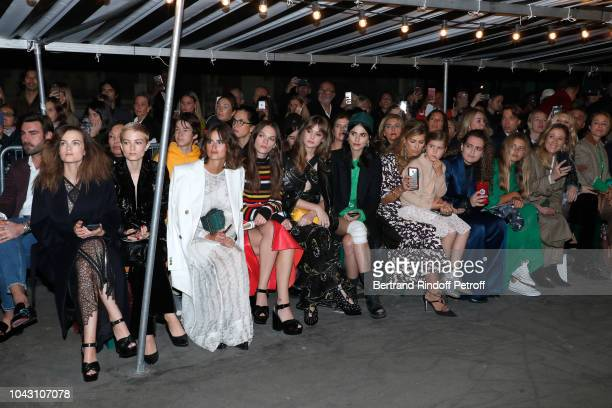 Elektra Kilbey Miranda Kilbey Loulou Robert Anna Brewster and Sai Bennett attend the Sonia Rykiel show as part of the Paris Fashion Week Womenswear...