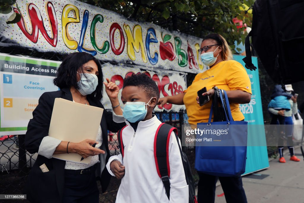 New York City School Children Return To In-Person Classes : News Photo