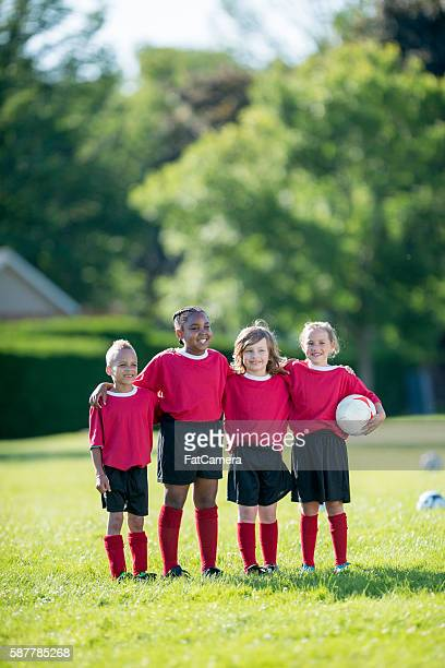 elementary soccer players - fat soccer players foto e immagini stock