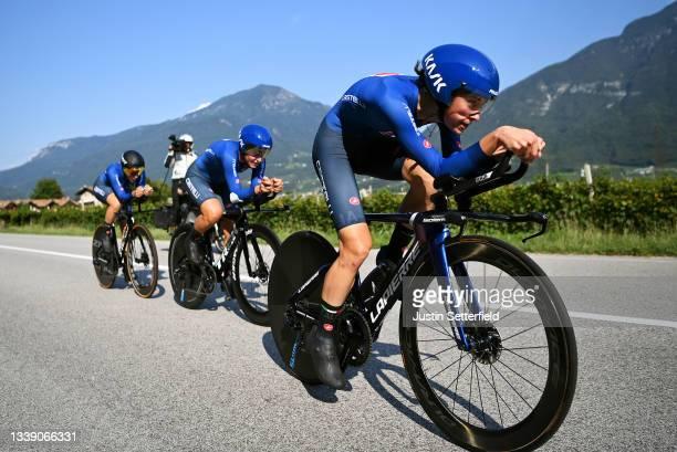 Elena Cecchini, Marta Cavalli, Elisa Longo Borghini and Team Italy sprint during the 27th UEC Road Cycling European Championships 2021, Mixed Relay a...