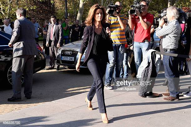 Elena Cue attends at Parque San Isidro Cemetery following the death of Miguel Boyer on September 29 2014 in Madrid Spain Spanish politician Miguel...