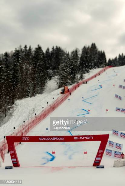 Elena Curtoni of Italy competes during the second run of Giant Slalom in the 57th Golden Fox Maribor - Audi FIS Ski World Cup on January 17, 2021 in...