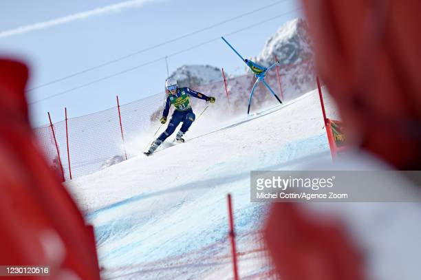 Elena Curtoni of Italy in action during the Audi FIS Alpine Ski World Cup Giant Slalom on December 14, 2020 in Courchevel, France.