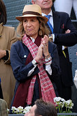 elena de borbón during day mutua