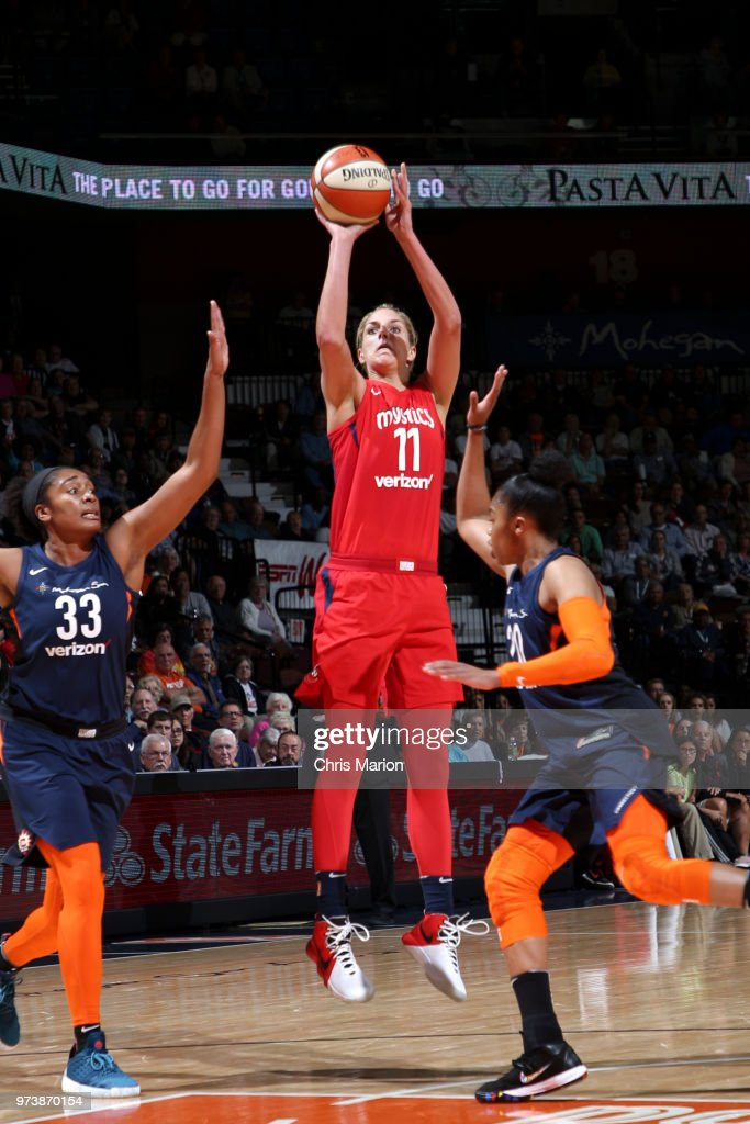Elena Delle Donne #11 of the Washington Mystics shoots the ball against the Connecticut Sun during a WNBA game on June 13, 2018 at the Mohegan Sun Arena in Uncasville, Connecticut.