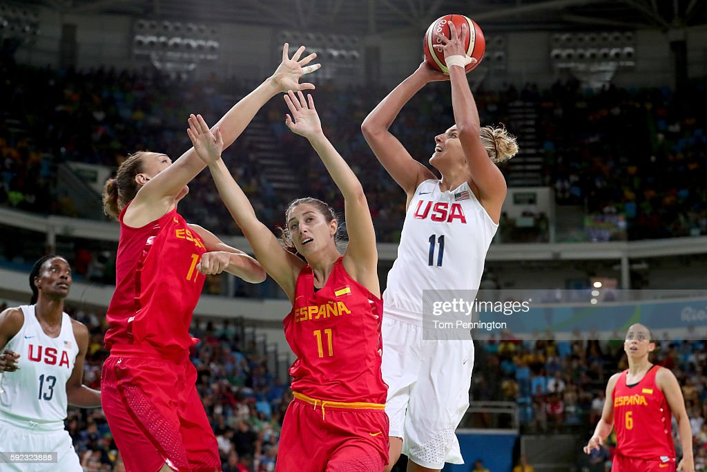 Basketball - Olympics: Day 15 : News Photo