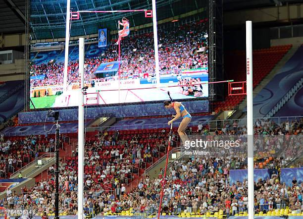 Elena Isinbaeva of Russia fails at an attempt after winning gold in the Women's pole vault final during Day Four of the 14th IAAF World Athletics...