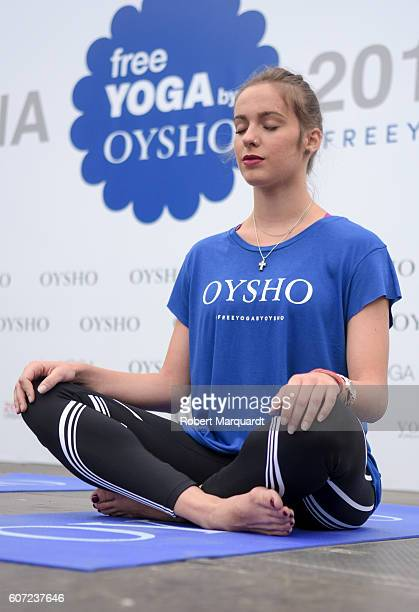 Elena Lopez attends the Free Yoga by Oysho event at the Arc de Triomf on September 17 2016 in Barcelona Spain