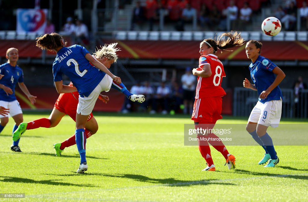 Elena Morozova (L) of Russia heads thje opening goal during the Group B match between Italy and Russia during the UEFA Women's Euro 2017 at Sparta Stadion on July 17, 2017 in Rotterdam, Netherlands.