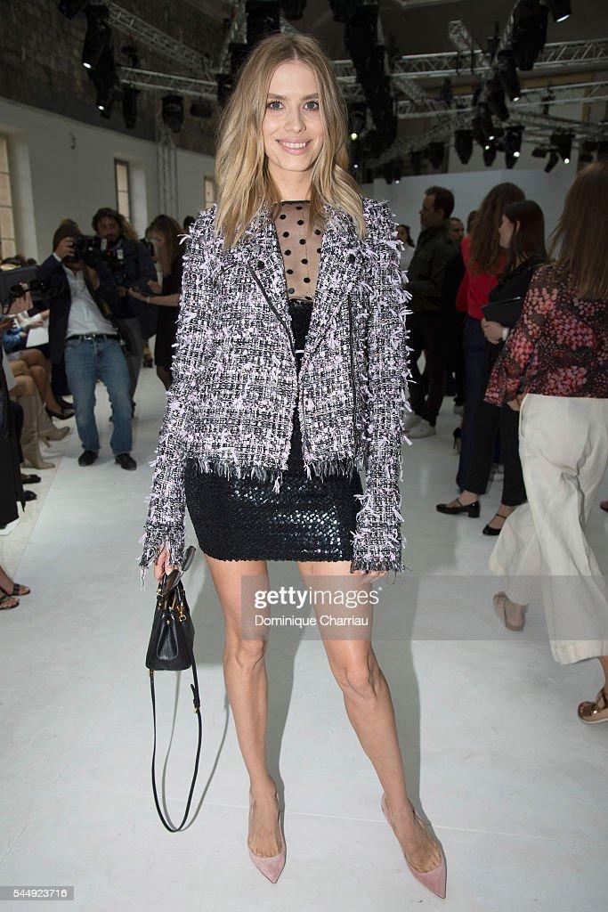 Giambattista Valli : Front Row - Paris Fashion Week - Haute Couture Fall/Winter 2016-2017