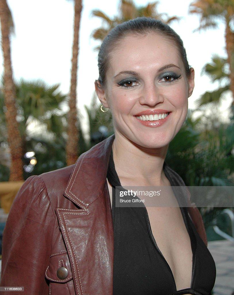 Elena Talan Nude Photos 40