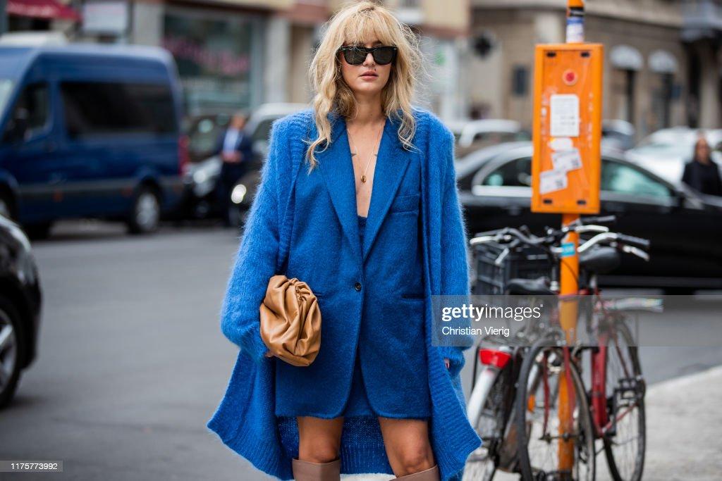 Street Style: September 19 - Milan Fashion Week Spring/Summer 2020 : Photo d'actualité