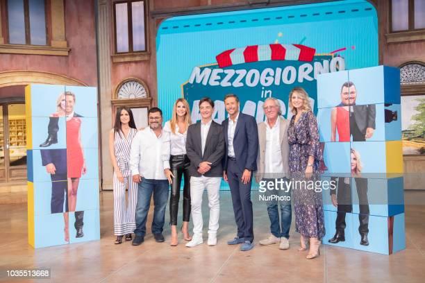 """Eleonora Corti, Sergio Friscia, Adriana Volpe, Paolo Fox, Massimiliano Ossini, Gianni Mazza, Claudia Andreatti in """"Mezzo Giorno in..."""