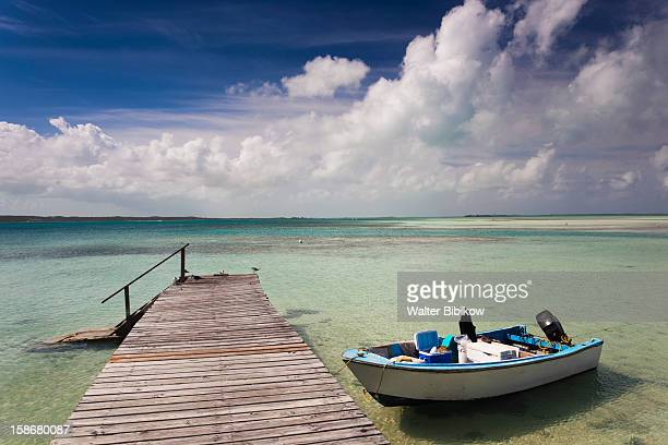 eleuthera island, harbour island, dunmore town - ダンモアタウン ストックフォトと画像