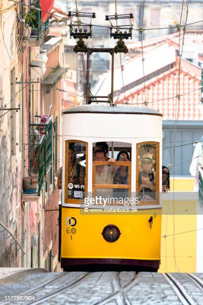 elevador da bica in lissabon - reise stock pictures, royalty-free photos & images