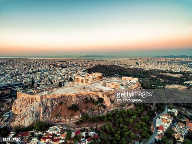 elevated view of acropolis of athens, greece - parthenon athens stock pictures, royalty-free photos & images