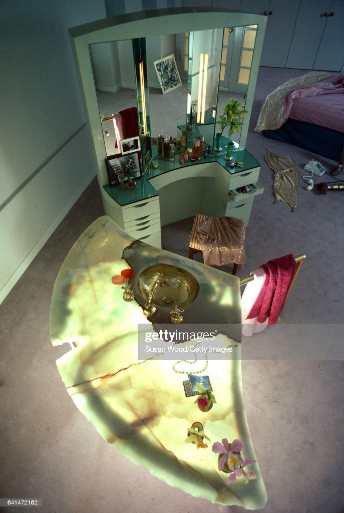 Bette Midler's Loft : News Photo