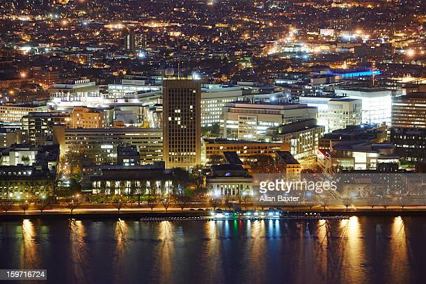 elevated view of boston and charles river basin - cambridge massachusetts stock pictures, royalty-free photos & images