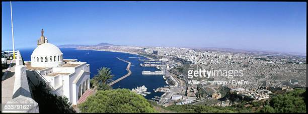 elevated view of coast city - oran algeria photos et images de collection