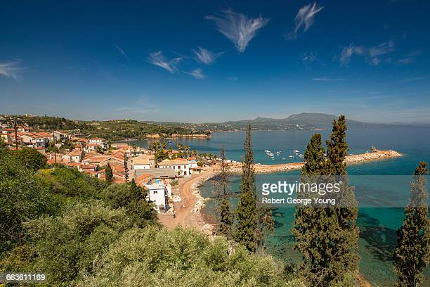 elevated view of koroni  harbour, fishing boats - messenia fotografías e imágenes de stock