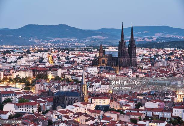 elevated view over city of clermont-ferrand, france - auvergne rhône alpes stock pictures, royalty-free photos & images