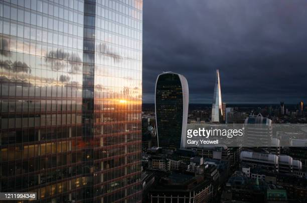 elevated view over london city skyline at sunset - urban sprawl stock pictures, royalty-free photos & images